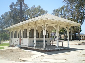 Expo/Sepulveda station - Streetcar Depot at end of the former branch line from this station, located on the Sawtelle Veterans Home grounds.