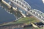 Stuw- en sluizencomplex Grave luchtfoto (05).JPG