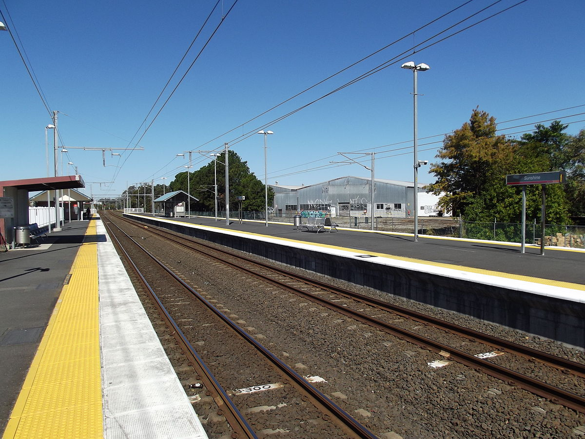 Lawnton To Kippa Ring On Train