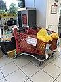 Supermarché Auchan à Villefranche-sur-Saône - collecte Croix Rouge.JPG
