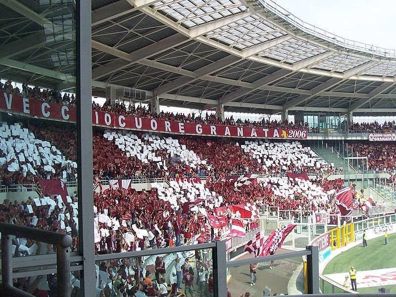 800px-Supporters_Granata.jpg