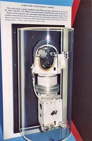 Surveyor 3 - Surveyor 3 camera brought back from the Moon by Apollo 12, on display at the National Air and Space Museum