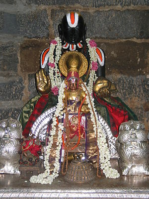 Vedanta Desika - Swamy Sri Vedanta Desikan as in Kanchipuram with lions on two sides