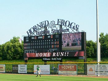 Description de l'image TCU Lupton Stadium Scoreboard.jpg.