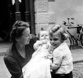 Tableau, woman, kid, newborn, yard, bicycle, smile, Weiss Manfréd-brand Fortepan 232.jpg