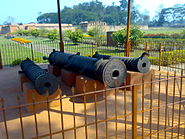 Talatal Ghar Cannons guarding the palace