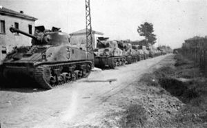 18th Battalion (New Zealand) - Tanks of 18th Armoured Regiment waiting to move up for the crossing at Senio, Italy