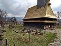 Tejado de la iglesia de Șurdești.jpg