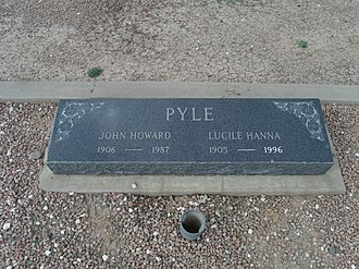 John Howard Pyle - The grave site of John Howard Pyle