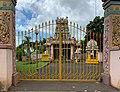 Temple hindouiste à Bambous (Maurice).jpg