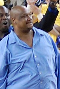 Terry Mills cropped 1989 National Champions.jpg