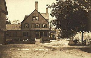 New Boston, New Hampshire - Image: The Creamery, New Boston, NH