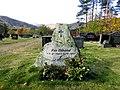 Tombstone of Per Villand.jpg
