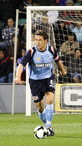 Tony Popovic - Popovic playing for Sydney FC in 2008