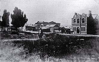 Charles Torlesse - The Torlesse Building (right) in Cathedral Square in 1866