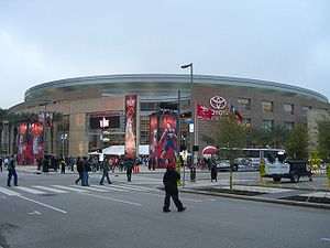 2006 NBA All-Star Game - Spectators make their way into Toyota Center through the LaBranch street entrance prior to the tip-off of the 55th NBA All-Star game on Sunday, Feb. 19, 2006.