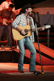 Tracy Byrd performing in 2008