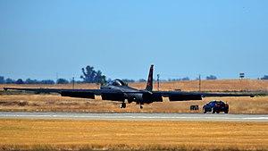 U-2, chase car, Beale AFB, 2012