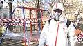 UA Тернопіль - 2020-03-31 - Дитячі майданчики в Тернополі обклеюють стрейч плівкою - 0055.jpg