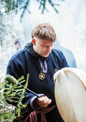 Volkhv - Image: USNBC Rodnover volkhv