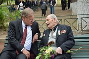 US Amb Norland & Georgian WWII veteran 09.05.15.jpg