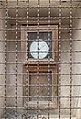 Un baromètre sur la poste de Mont-Dauphin.jpg