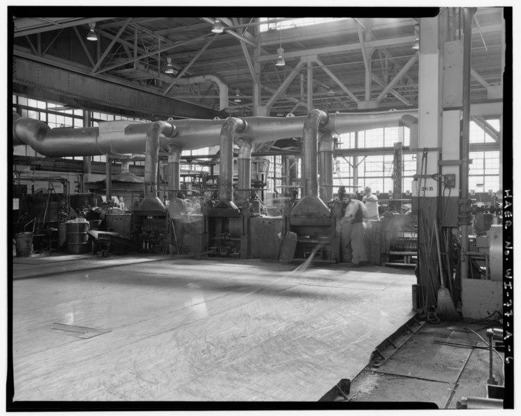 File:VIEW OF NO. 31 MILL DURING ITS OPERATION - American Brass Company, Kenosha Works, Hot Roll Mill, Kenosha, Kenosha County, WI HAER WIS,30-KEN,1A-6.tif