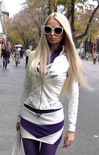 Valeria Lukyanova (cropped).jpg