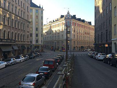 Kuinka päästä määränpäähän Viiskulma käyttäen julkista liikennettä - Lisätietoa paikasta
