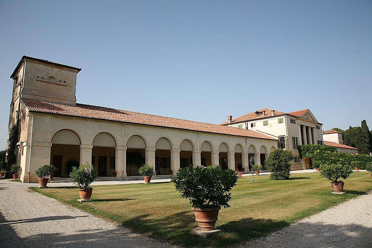 Veneta Cucibe Villa D Este Avorio