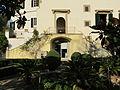 Villa la fonte, ext. 07 scalinata.JPG