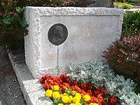 Vladimir Levstik Grave, Celje 02.jpg