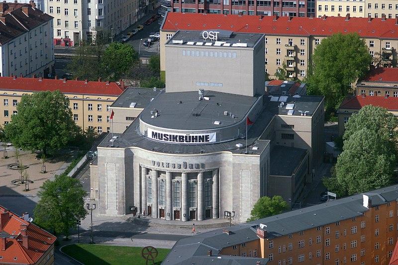 Datei:Volksbühne am Rosa-Luxemburg-Platz.jpg