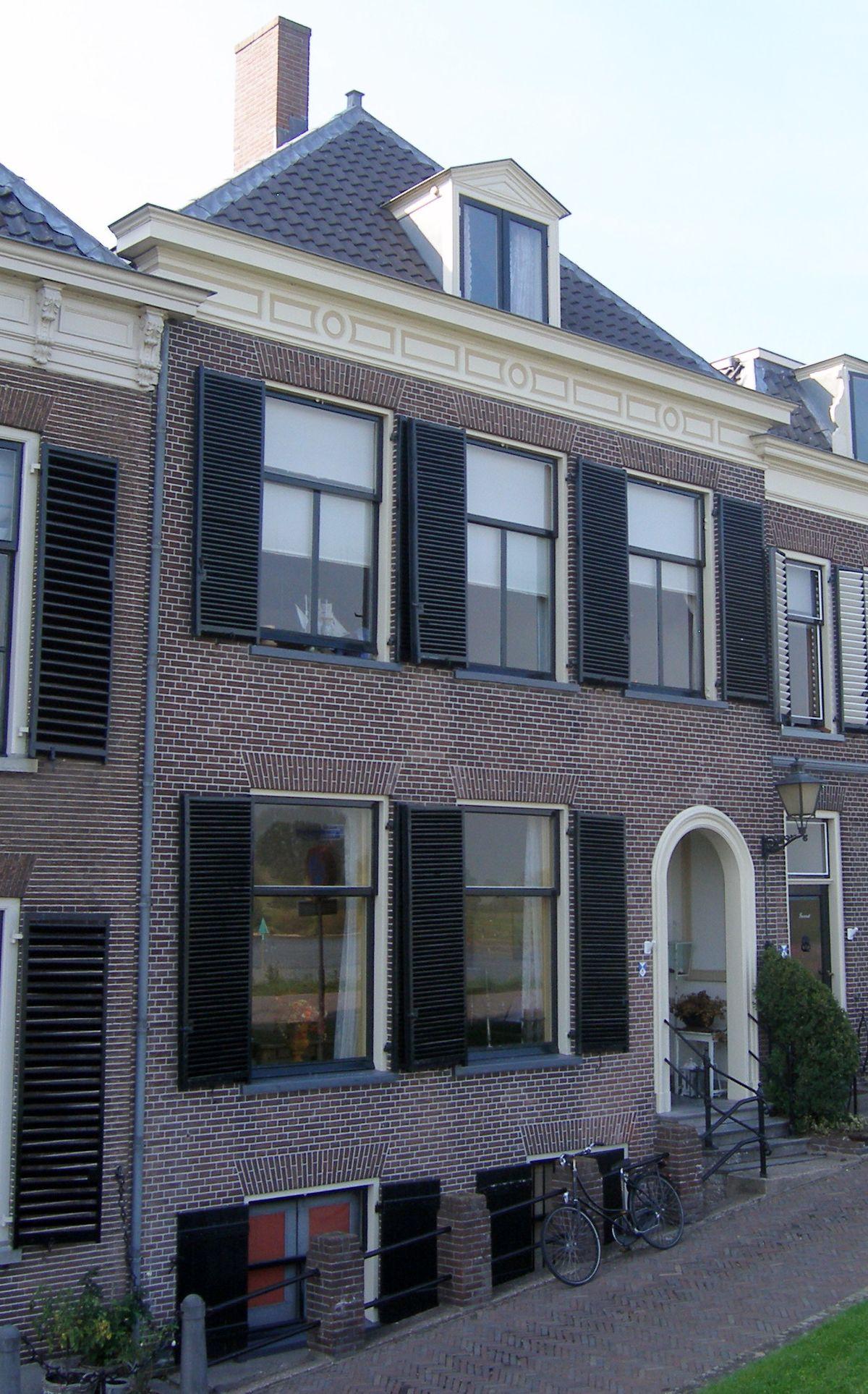 ameide met schilddak dakvenster verdieping fronton waarin parterre souterrain huis bestaande uit voorstraat wikipedia