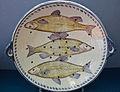 WLANL - MicheleLovesArt - Harlinger Aardewerkmuseum - Visvergiet met vissen, Makkum (Tichelaar), 19de eeuw.jpg