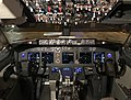WN 737-8H4 Flight Deck.jpg