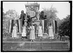 WOMAN SUFFRAGE. DEMONSTRATORS AT LAFAYETTE STATUE LCCN2016869482.jpg