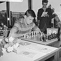 Wereldjeugdkampioenschappen schaken. Van Hart (Tsjechoslowakije), Bestanddeelnr 912-8470.jpg