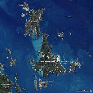 Satellitenbild der Whitsunday Islands, inkl. Beschriftung