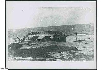 Postboy (ship) - Image: Wreck of the Post Boy, Arno Bay, circa 1920