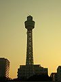 Yokohama Marine Tower at evening 20051127.jpg