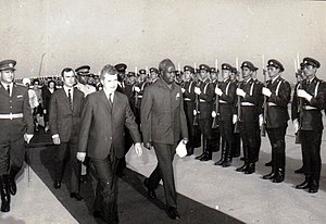 Kenneth Kaunda - Kaunda visiting Romania in 1970.