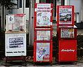 Zeitungsautomaten in Muenchen.JPG
