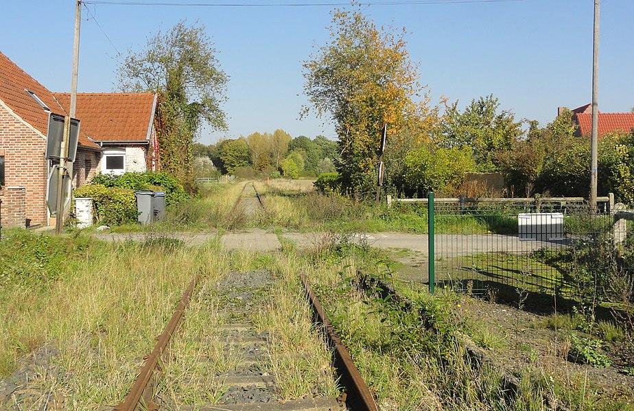 État de la section d'Orchies à Ascq de la ligne de Somain à Halluin au 15 octobre 2017. Reportage réalisé pour une prospective sur l'utilisation de cette section pour un service entre Comines-Belgique et Orchies via Lille-Flandres dans le cadre du Réseau Express Grand Lille.