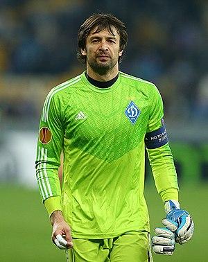 Oleksandr Shovkovskiy - Shovkovskiy playing for Dynamo Kyiv in 2015