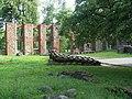 Гробиньский замок - внутренний двор.jpg
