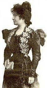 Maria Montessori in un ritratto giovanile