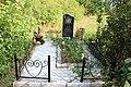 Памятник марийскому писателю и журналисту Дим. Ораю в саду им. С. Р. Суворова в с. Косолапово.jpg