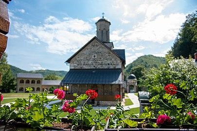 Православна црква и манастир Св. Благовијести, Липље, Теслић 05.jpg