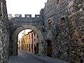 005 Portal de Barcelona (Hostalric).jpg